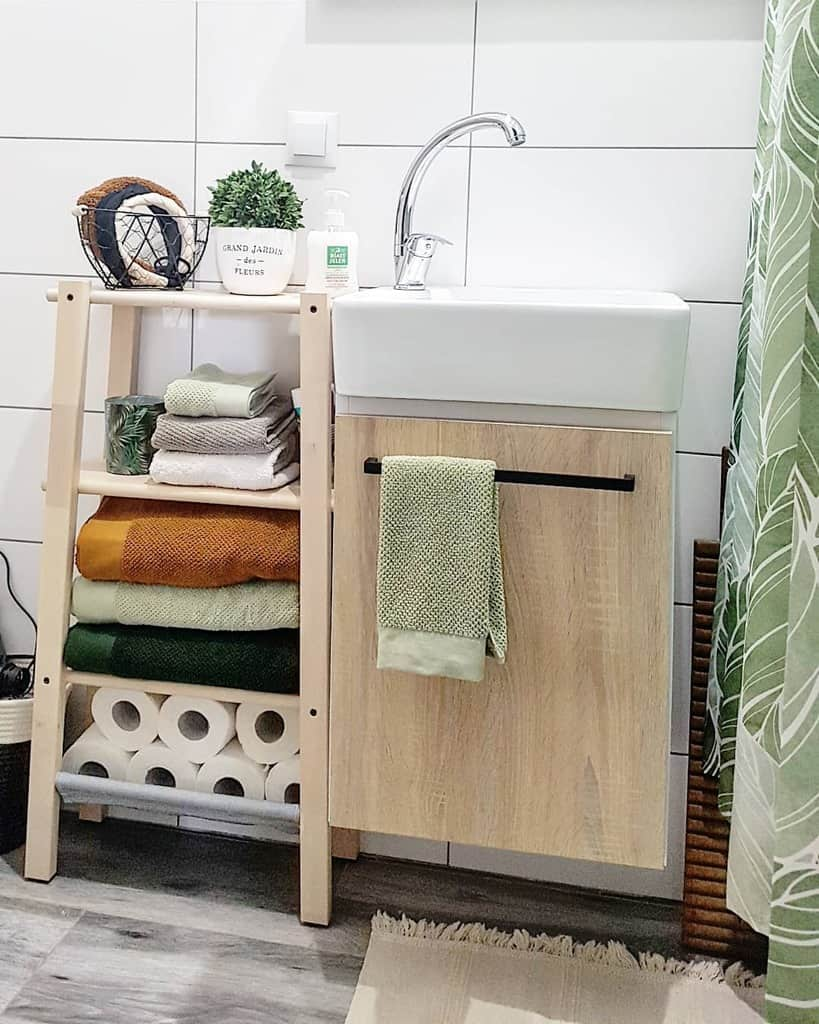 Storage Solutions Small Bathroom Ideas Theblueyedgirl Style