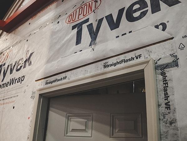 Straightflash Vf Above Doors2019 Nahb Show Tyvek