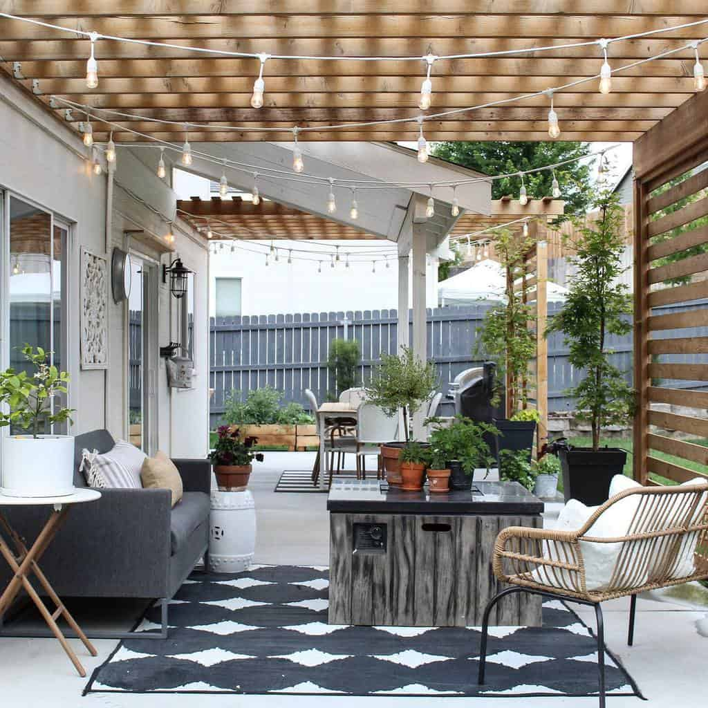 string lights patio lighting ideas my.humble.homestead