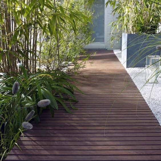 Stunning Backyard Wooden Walkway Designs