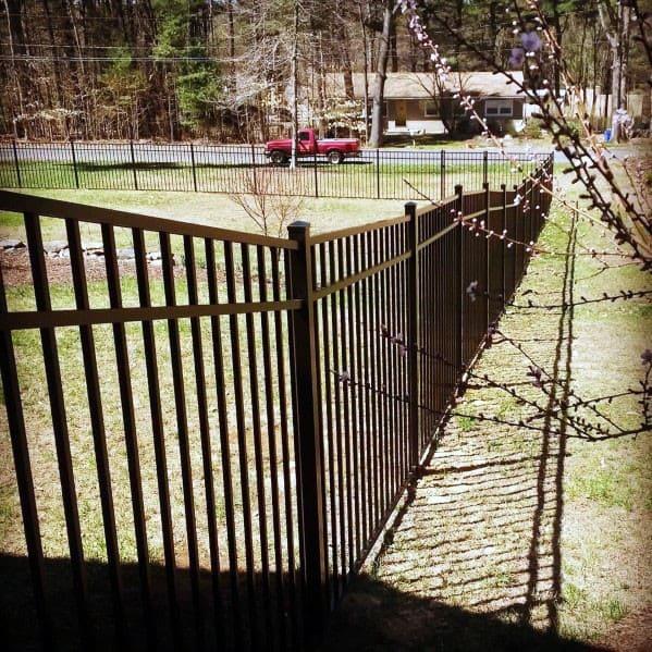 Stunning Exterior Dog Fence Designs