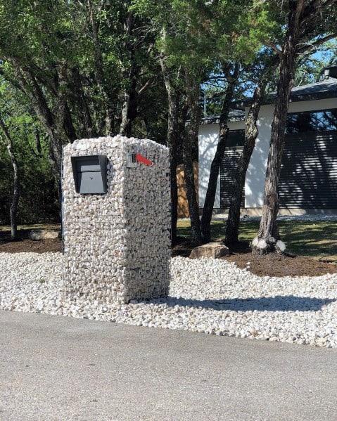 Stunning Exterior Mailbox Landscaping Designs