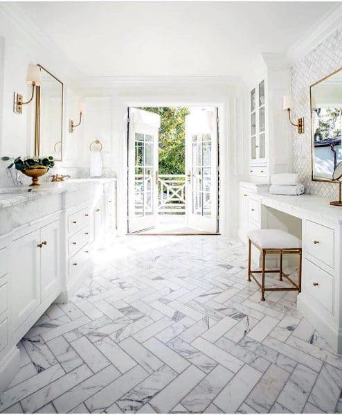 Stunning Interior White Bathroom Designs
