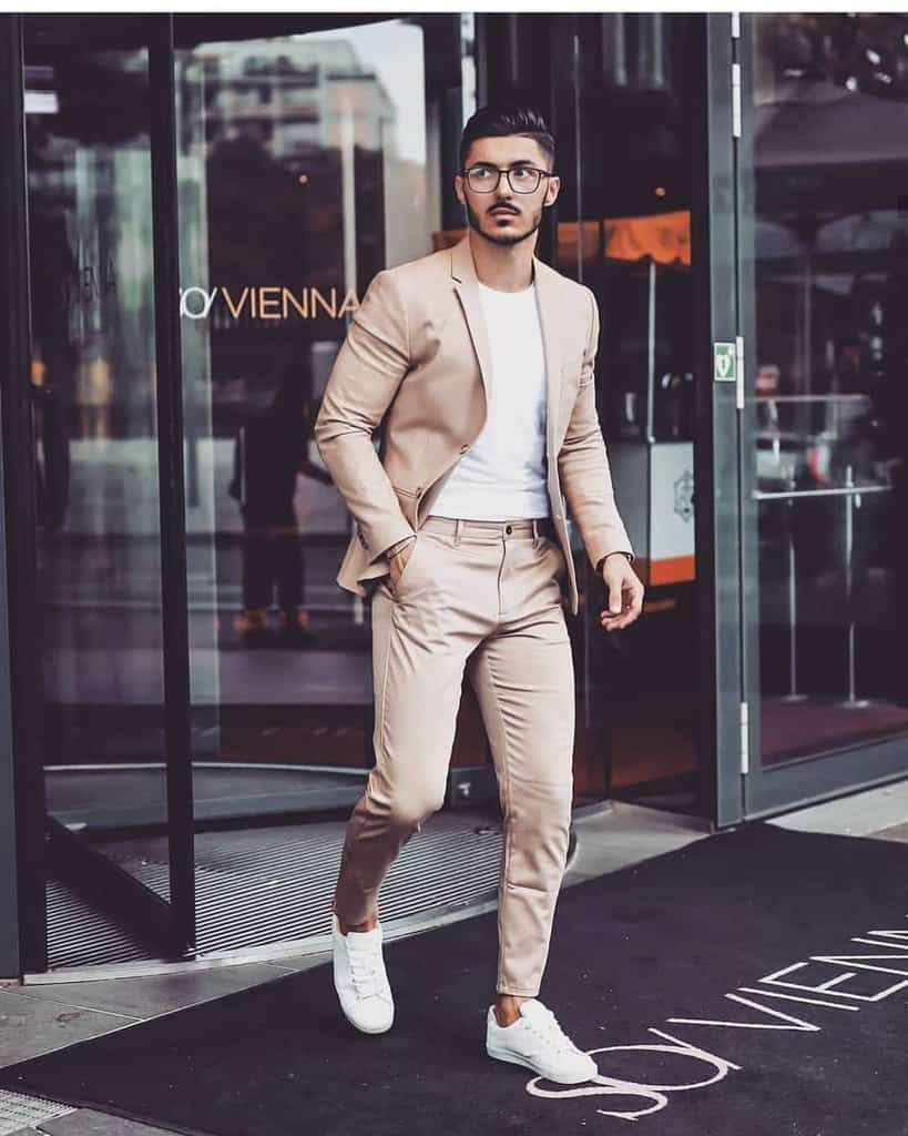 Stylish Suit Mens Wear Outfit
