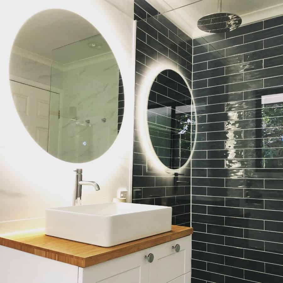 Subway Small Bathroom Tile Ideas Annabellasarna