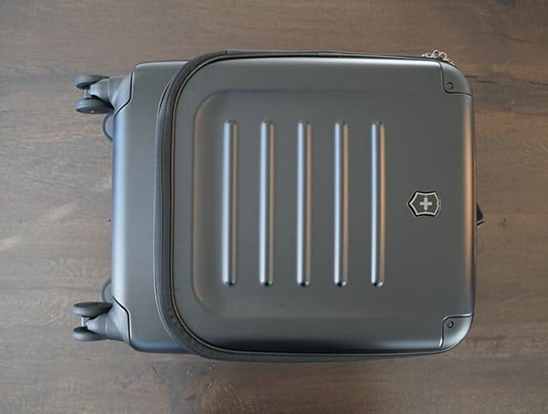 Suitcase Front Victorinox Spectra 2 0 Dual Access Global Carry On