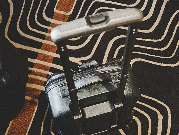Suitcase Review Top Pull Handle Eagle Creek Morphus International Carry On With Sheels