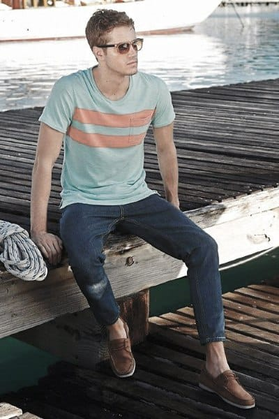 Summer Outfits Styles For Gentlemen Simple T Shirt Wtih Jeans