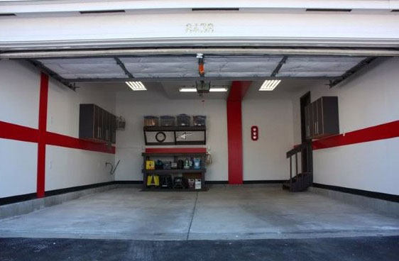 Super Simple Red Contrasting Garage Wall Paint Ideas