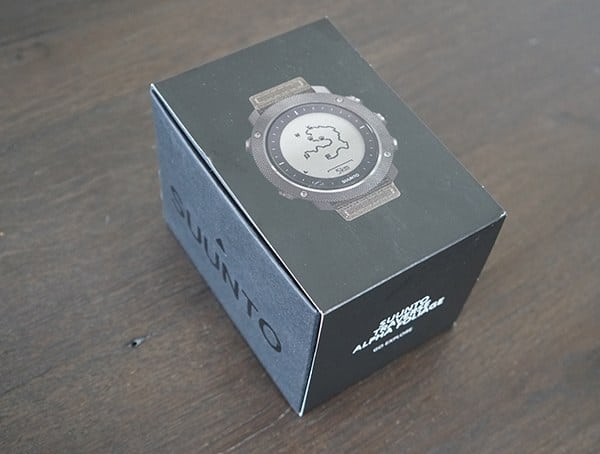 Suunto Traverse Alpha Watch Review Unboxing Box