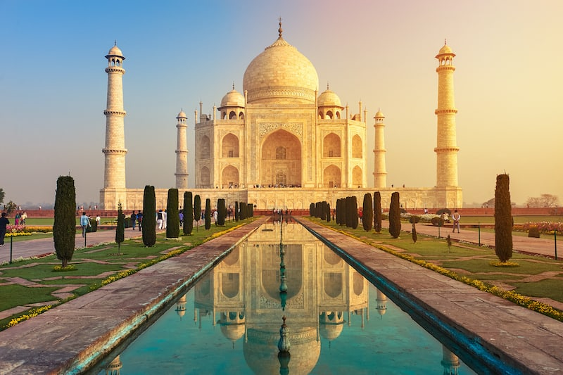 The,Taj,Mahal,Is,An,Ivory-white,Marble,Mausoleum,On,The