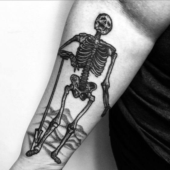 Tattoo Shovel Ideas For Guys