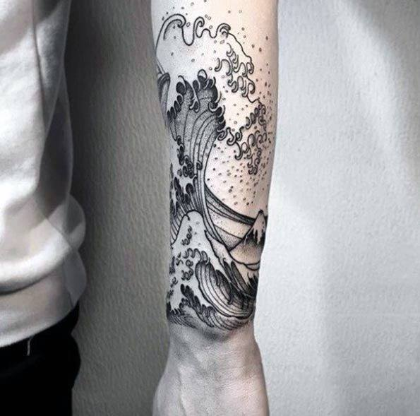 The Great Wave Unique Forearm Male Tattoos