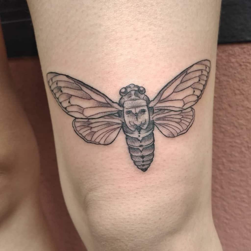 thigh Cicada Tattoos la_petite_tattoo