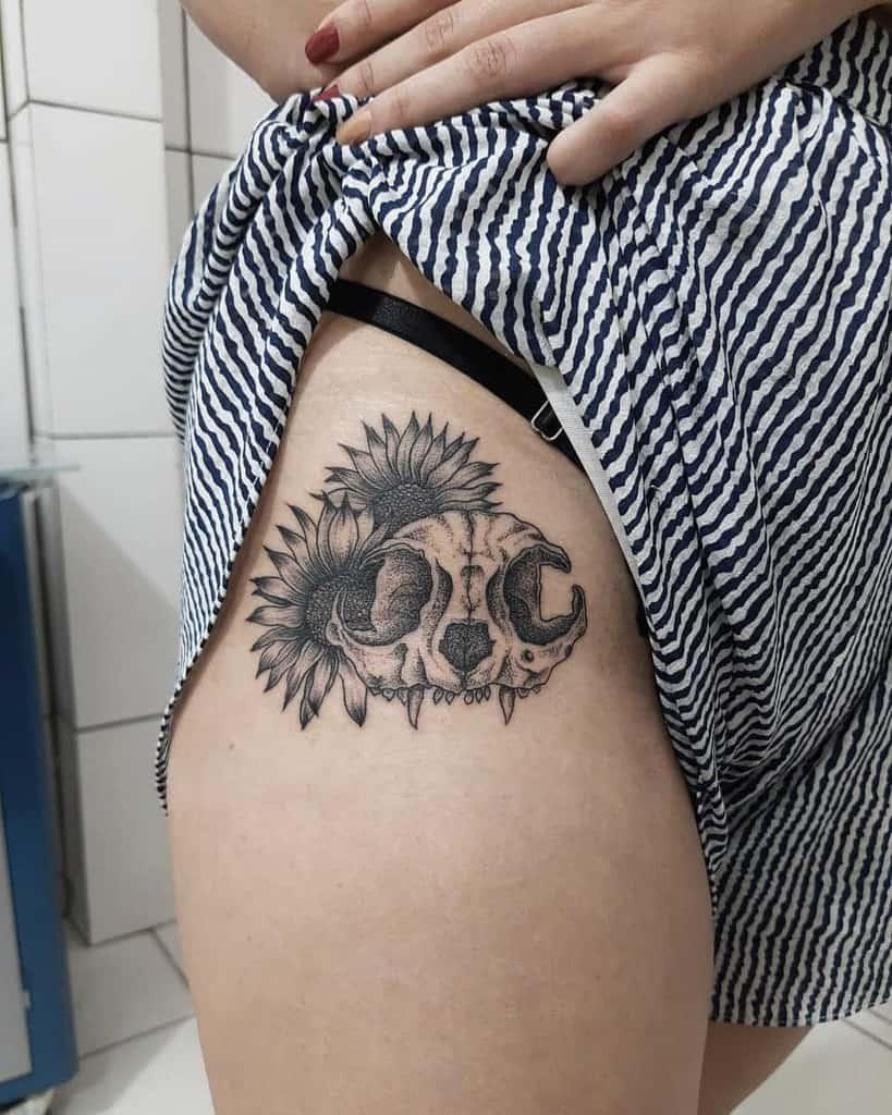 thigh cat skull tattoo _vinylopes