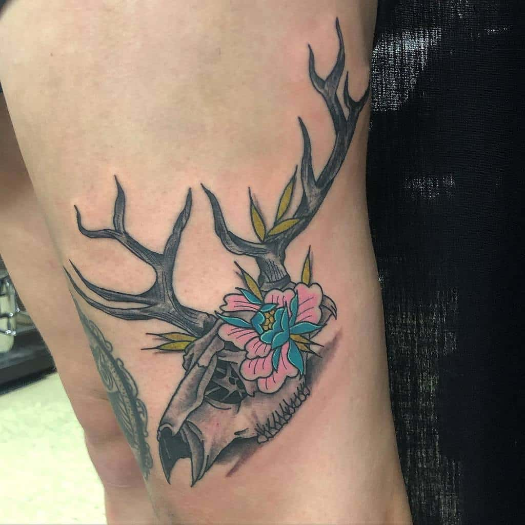 thigh deer skull tattoo dannytattooer