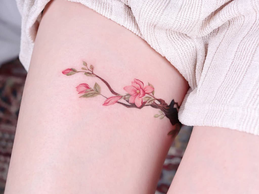 thigh magnolia tattoos peria_tattoo