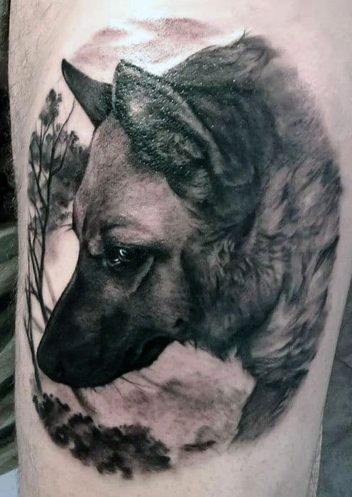 Thigh Mens Realistic Tattoo With Wolf Design