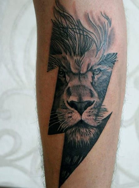 Thunderbolt Men's Lion Wrist Tattoo