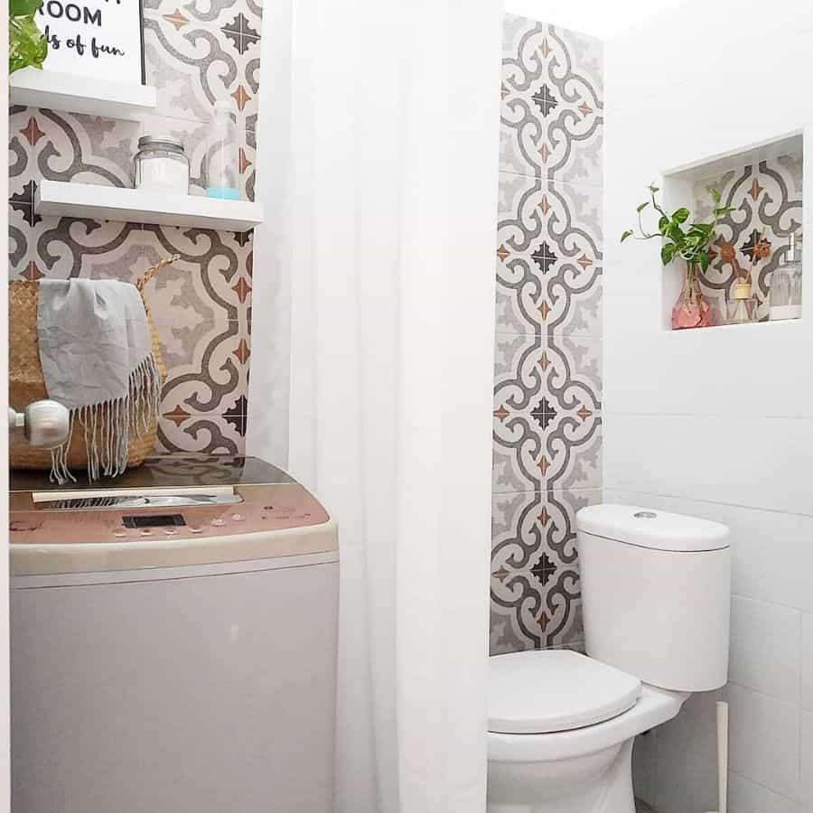 Tile Tiny Bathroom Ideas Ratih Rachmayanti