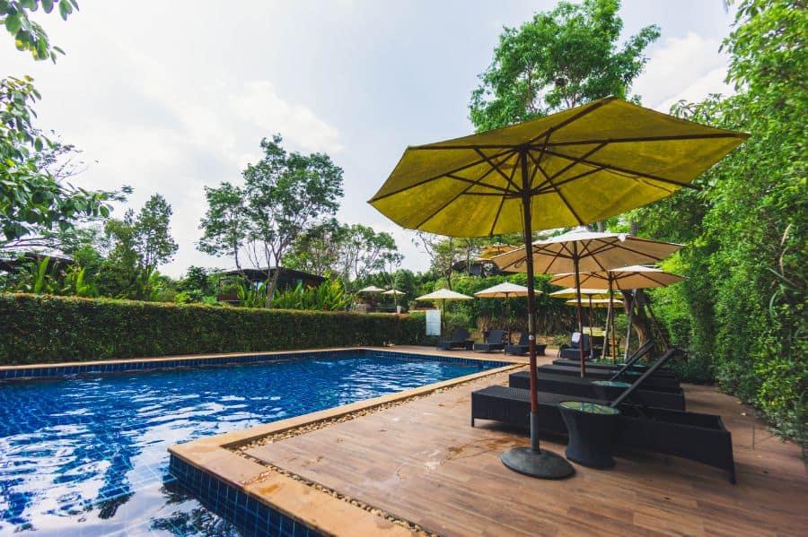 Tiles Pool Deck Ideas 13