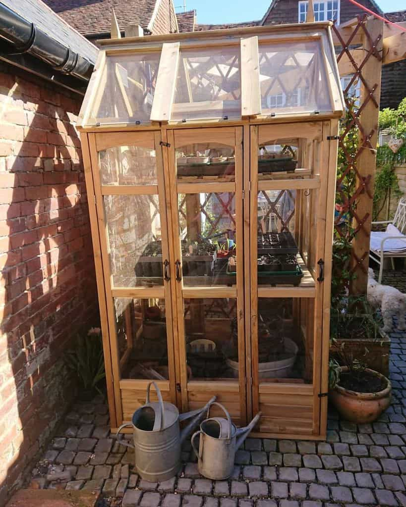 tiny greenhouse ideas flossie_and_boo_
