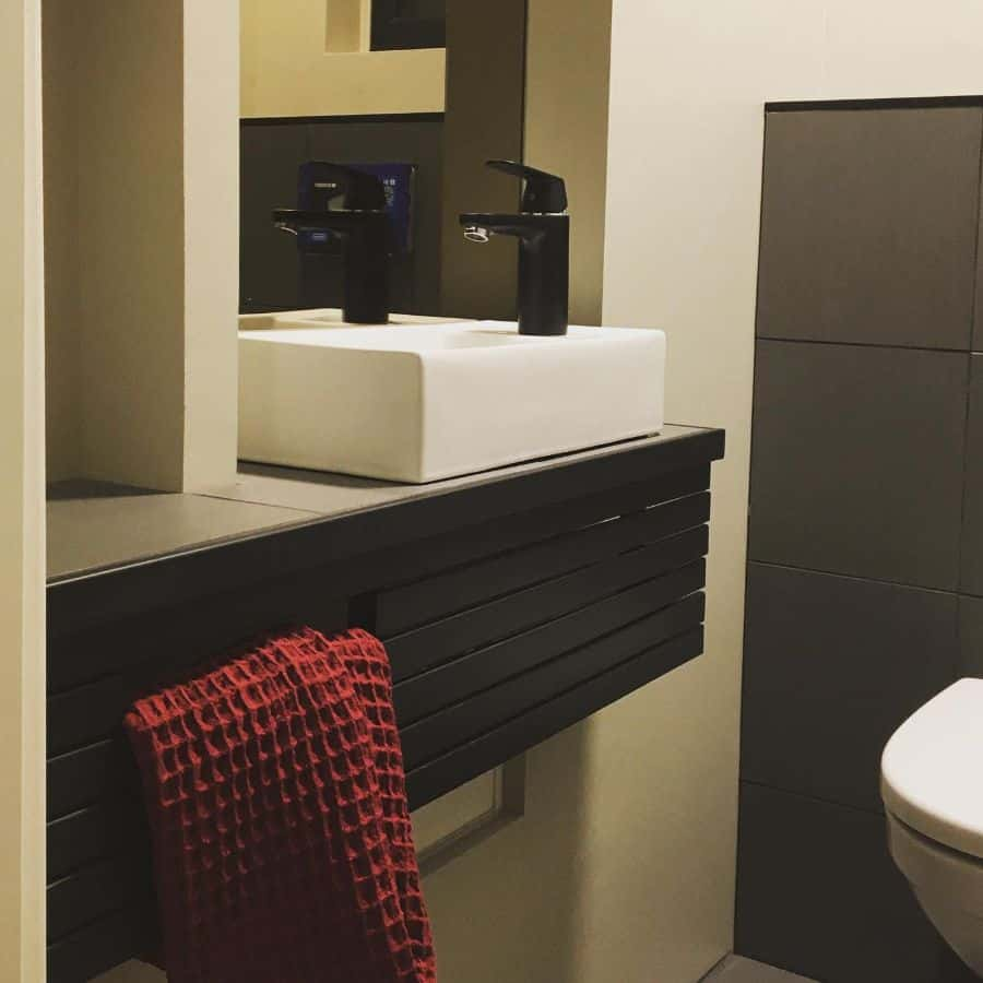 Tiny Powder Room Tiny Bathroom Ideas Mittsyttitallshus