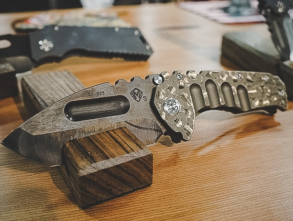 Titanium Folding Knife With Incredible Design