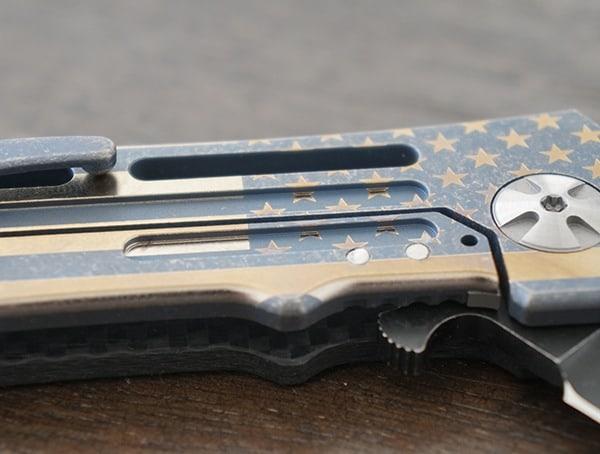 Titanium Frame Folding Knives Darrel Ralph Dominator Ventilator Carbon Fiber Ii With Flag