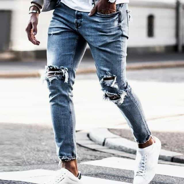 These torn and faded skinny jeans are the epitome of Korean street fashion