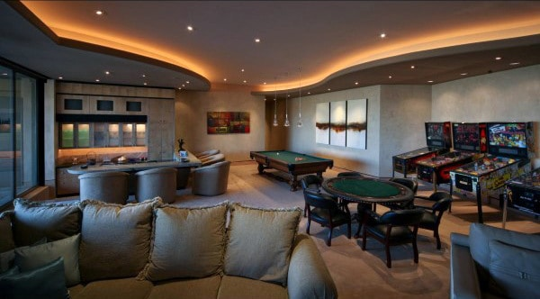 Charming Traditional Basement Game Room Ideas For Males