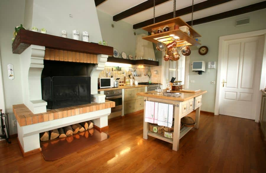 Traditional French Country Kitchen 3