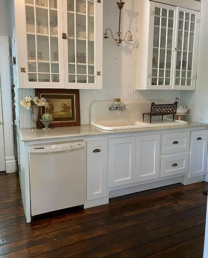 Traditional French Country Kitchen Raisingbabiesrestoringhome