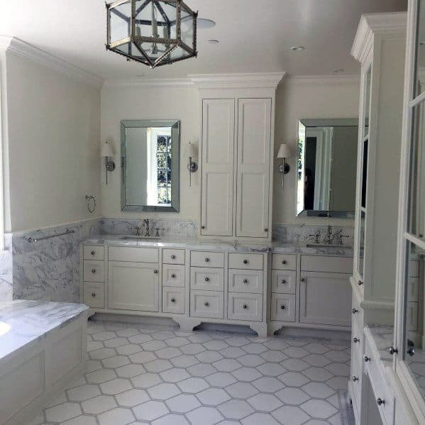 Traditional Home Design Ideas For White Bathroom