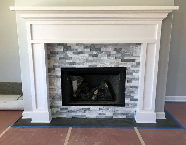 Traditional Home Grey And White Fireplace Tile Design Ideas