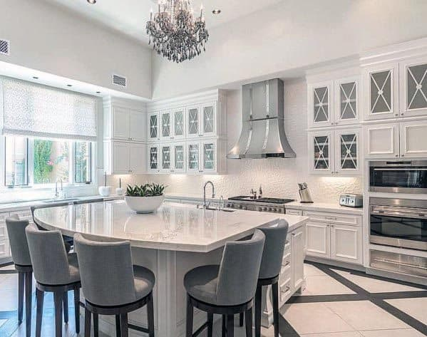 Traditional Home White Kitchen Cabinets With Glass Doors
