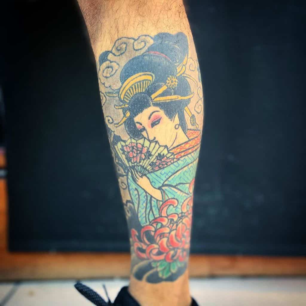 Traditional Japanese Geisha Chrisantemum Tattoo