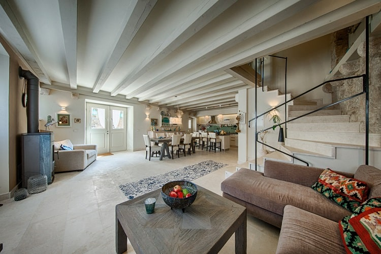 Traditional Modern Design Beam Ceiling