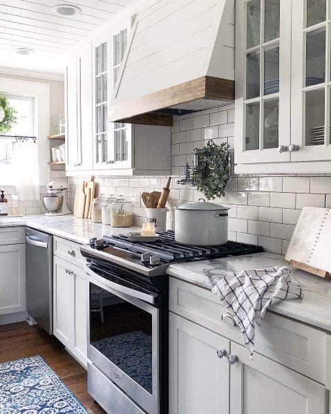 Traditional Wood And Painted White Kitchen Hood Ideas