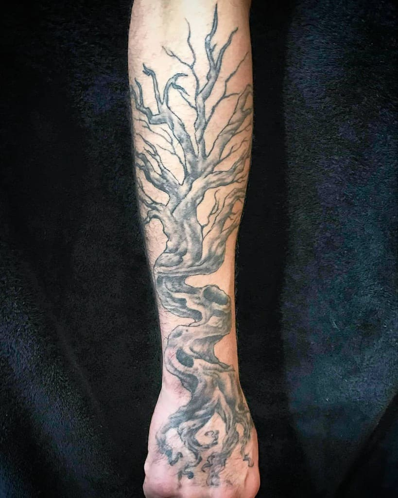 tree inspired by Yggdrasil