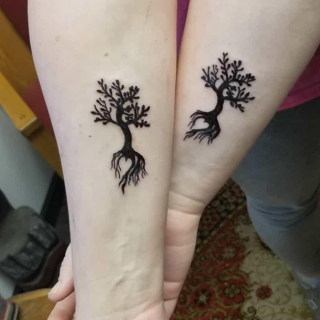 tree-of-life-mother-daughter-tattoo-crazyapachetattoosandirons