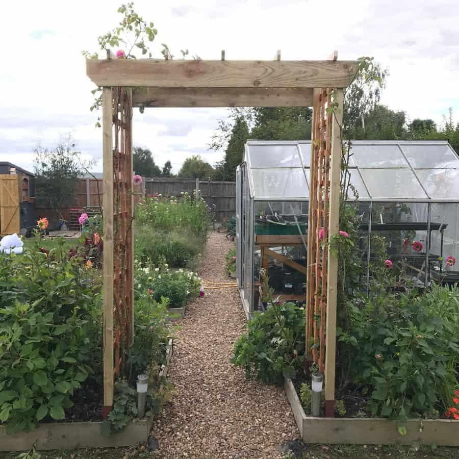 trellis vegetable garden ideas thecuriousglasshouse