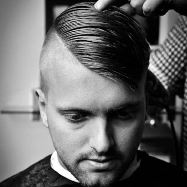 Trendy Shaved Sides Comb Over Hair Style For Guys