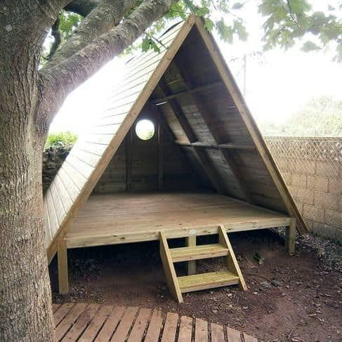 Triangle Dog House Ideas