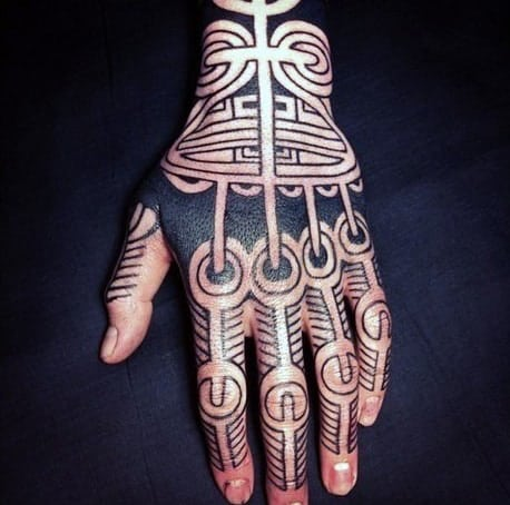 tribal-black-lines-knuckle-tattoo-ideas-for-men