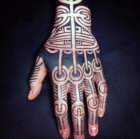 Tribal Black Lines Knuckle Tattoo Ideas For Men