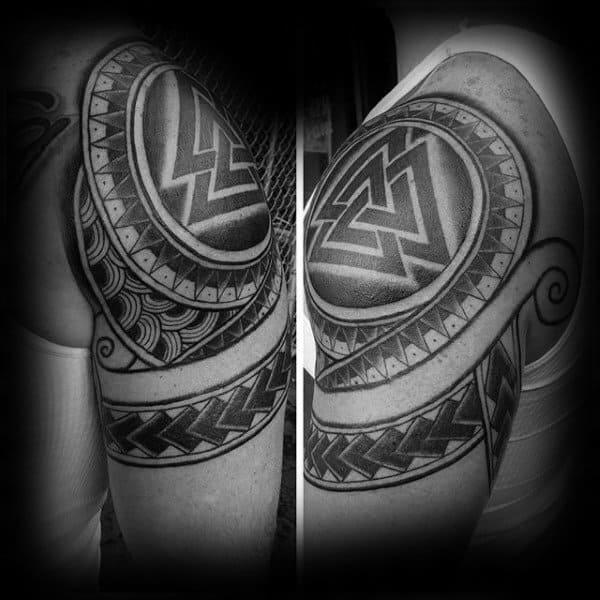 Stammes-Herren-Schulterkappe Valknut Taoos