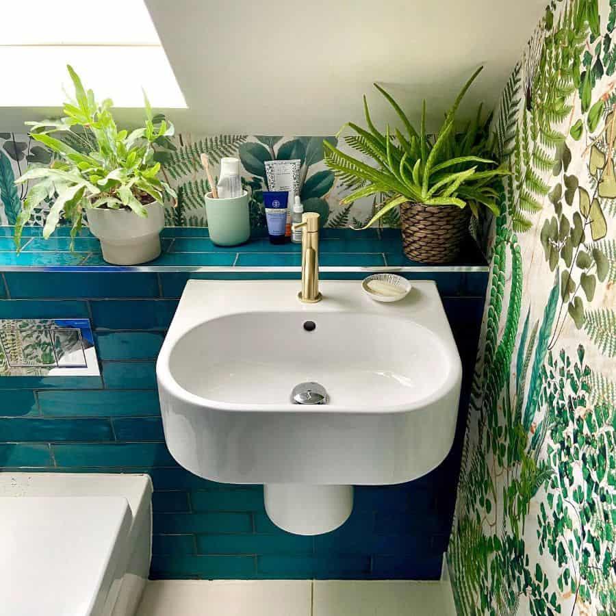 Tropical Bathroom Wallpaper Ideas Thesteadingonthehill