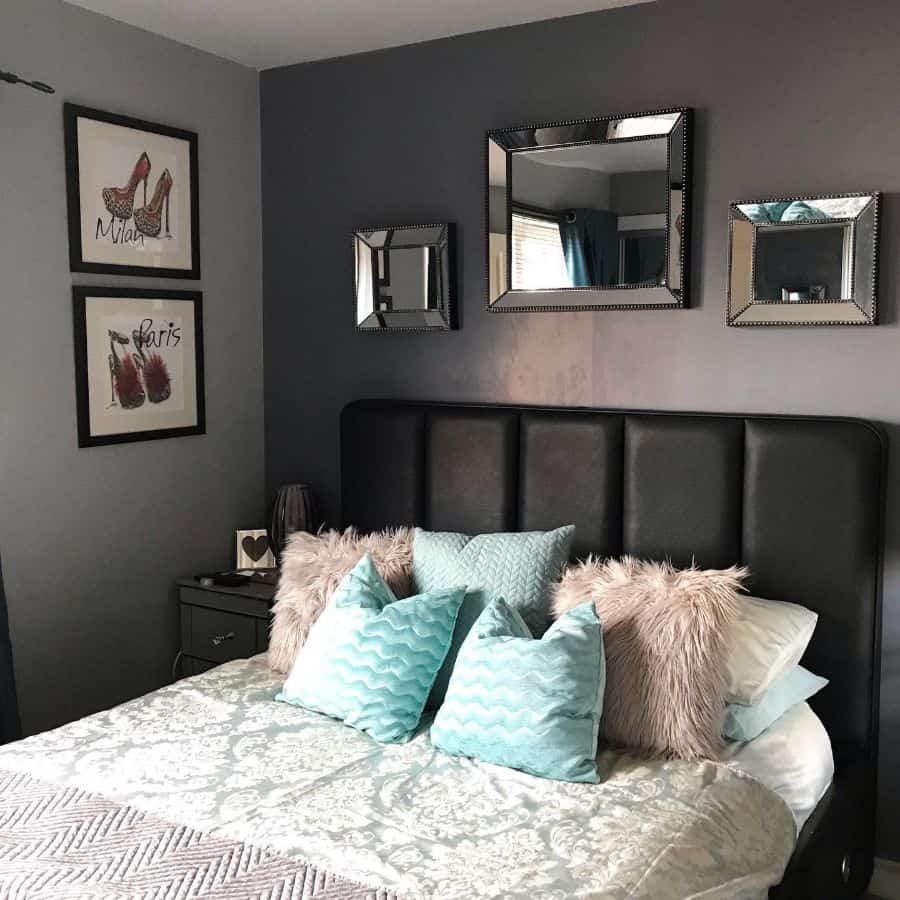 two or multitone bedroom paint ideas interior.no11