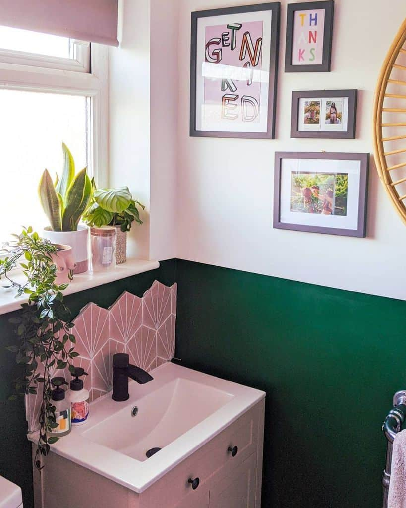 Two Tone Small Bathroom Paint Ideas Jade Inghammulliner